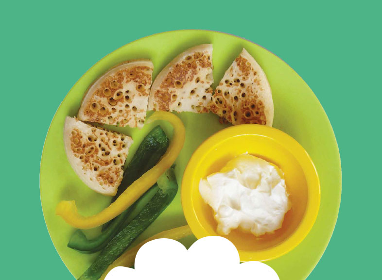 Crumpets with soft cheese and pepper slices